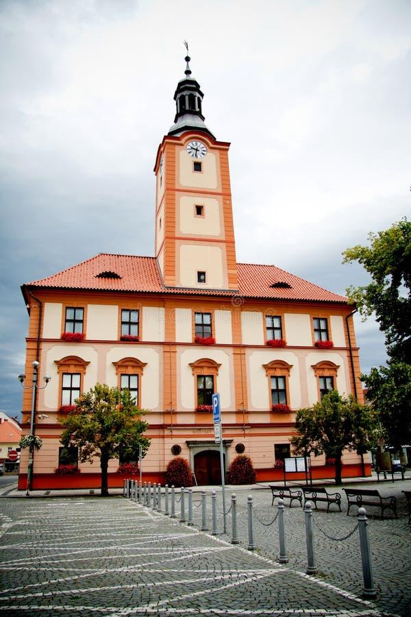 Câmara municipal velha em Susice, república checa foto de stock