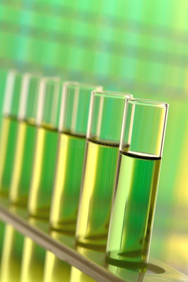 Câmaras de ar da análise laboratorial no laboratório de pesquisa da ciência foto de stock royalty free