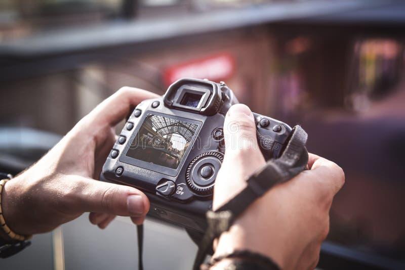 Câmera à disposição, fotografia da rua fotos de stock royalty free