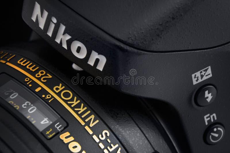 Câmera de Nikon com lente foto de stock royalty free