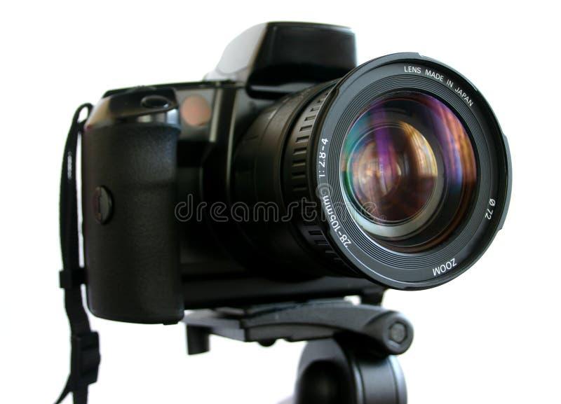 Câmera de SLR no tripé foto de stock