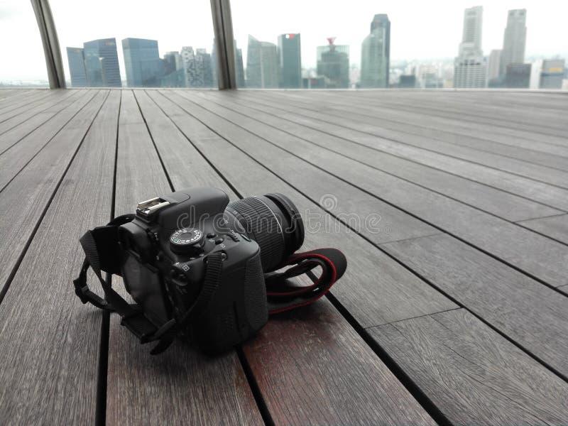 Câmera DSLR no skypark fotografia de stock royalty free