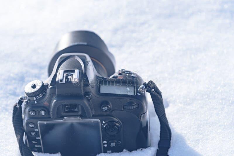 Câmera na neve, sessão de foto do inverno em Kiev, Ucrânia janeiro de 2019 fotos de stock