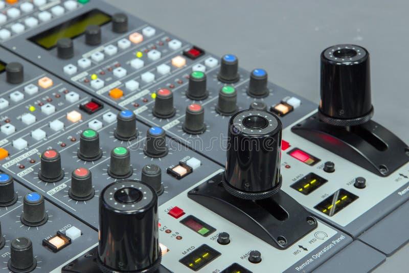 câmera no controlador da transmissão fotografia de stock