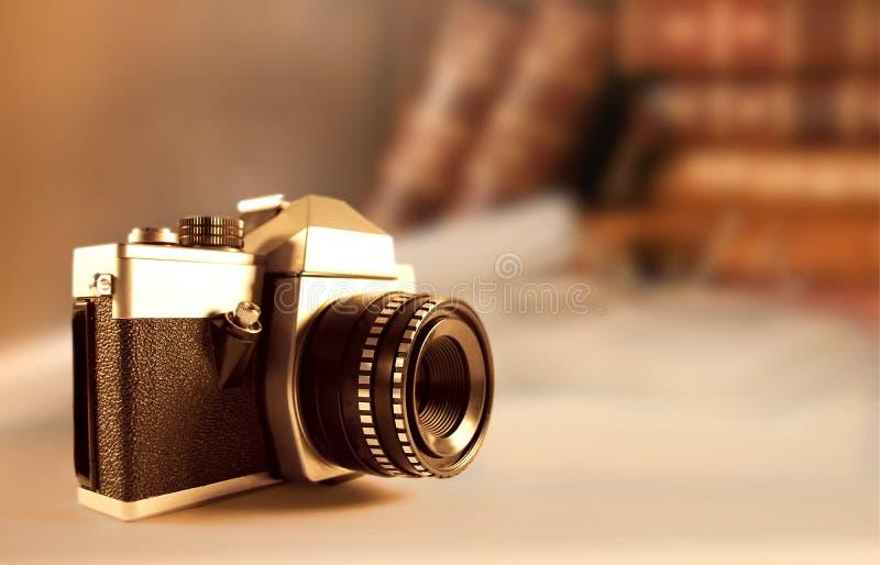 Câmera retro foto de stock