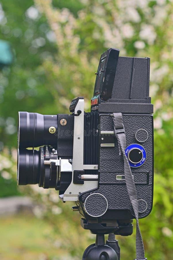 Câmera velha de TLR foto de stock