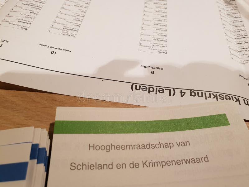 Cédula vendada os olhos para o governemt da água durante as eleições de 2019 no Nehterlands foto de stock royalty free
