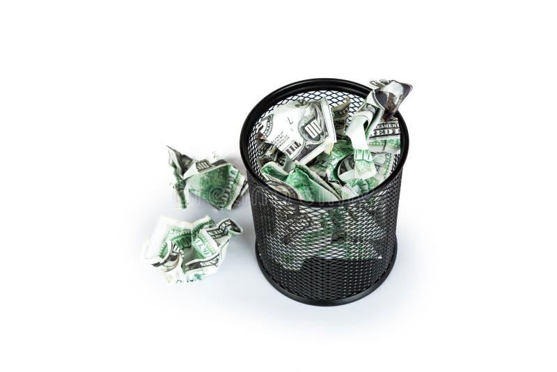 Cédulas do dólar dentro do escaninho dos desperdícios foto de stock royalty free