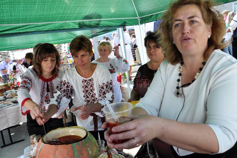 Download Célébration De La Broderie Et Du Borscht_19 Image éditorial - Image du nourriture, boissons: 77156835