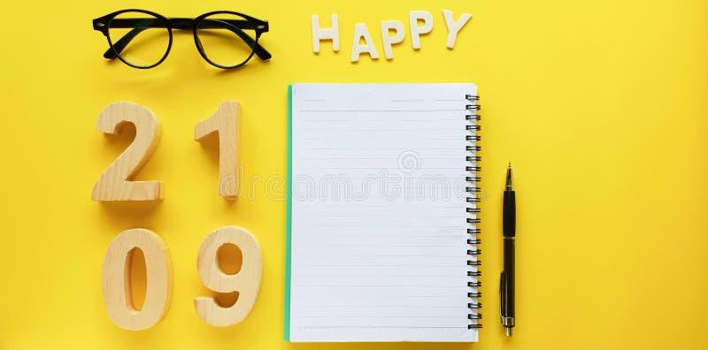 Célébration de symbole pour changer 2019 ans, bonne année avec la note photo stock