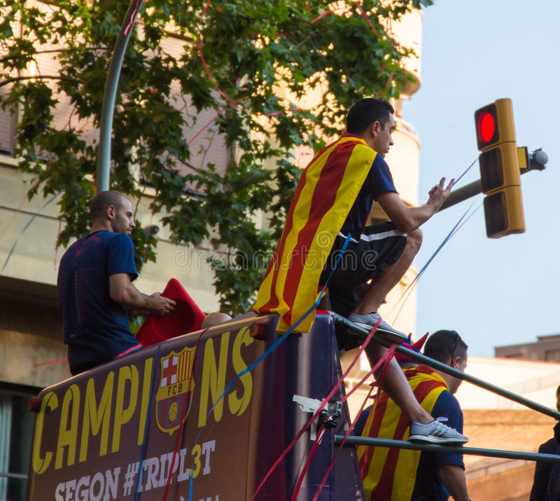 Célébration de triple de Xavi et de Mascherano Barça images stock