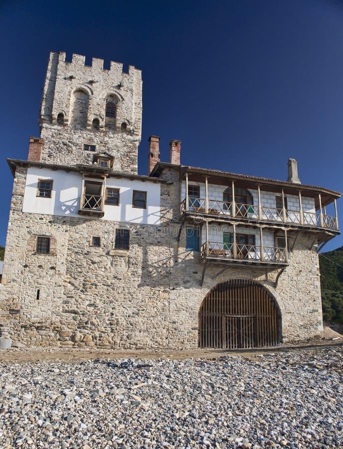 Célula ortodoxa - fortaleza en la costa de mar foto de archivo libre de regalías