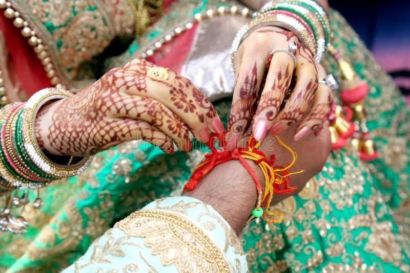 Cérémonial dans le mariage indien photographie stock libre de droits