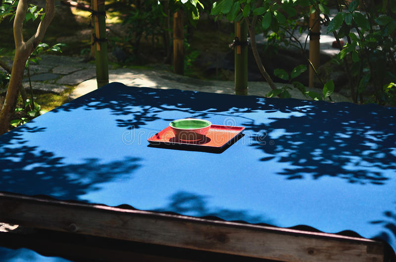 Cérémonie de thé au jardin japonais, Kyoto Japon image libre de droits