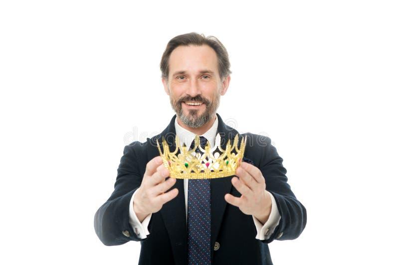 Cérémonie devenue de roi Attribut de roi Prochain roi devenu Traditions de famille de monarchie Type barbu de nature d'homme dans image libre de droits