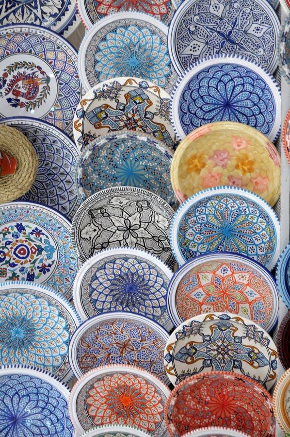 Céramique du Maghreb sur l'affichage dans le pays d'Iseo juste - la Lombardie photo stock