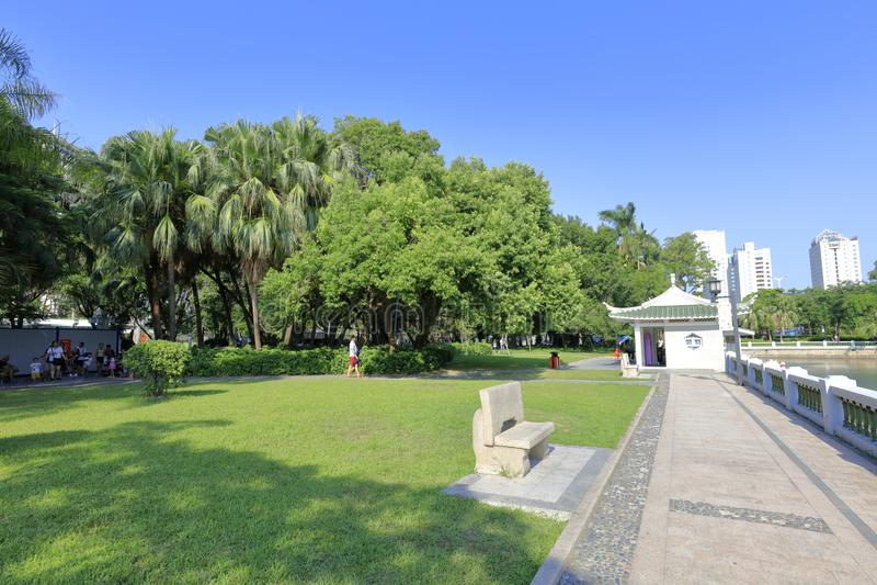 Césped del parque de zhongshan, adobe rgb foto de archivo libre de regalías