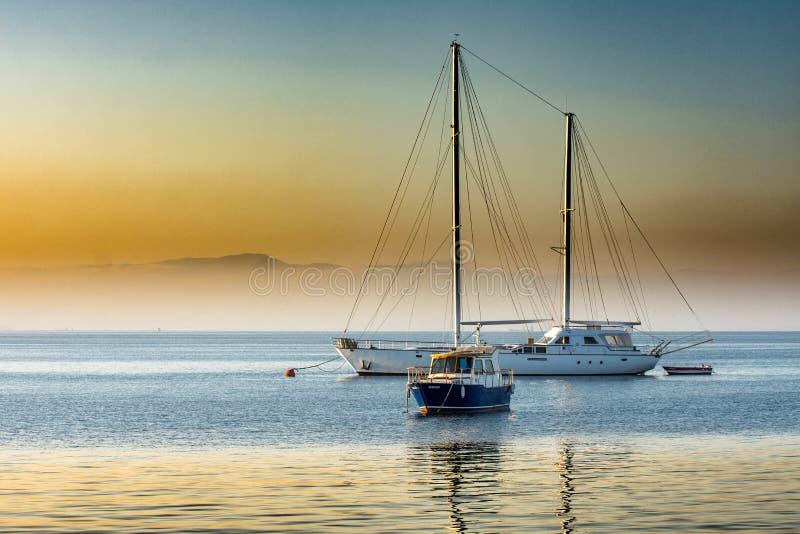 Céu, água, mar, calma