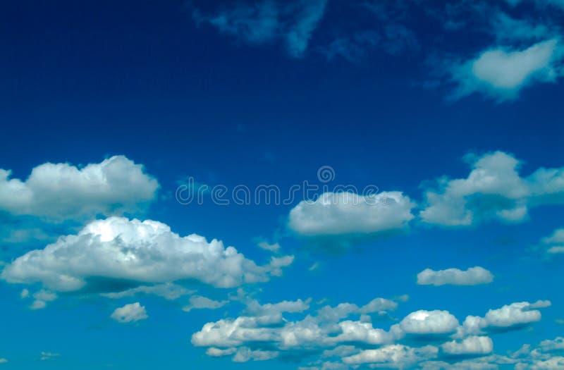 Download Céu foto de stock. Imagem de borrão, azul, nuvem, meteorologia - 105934