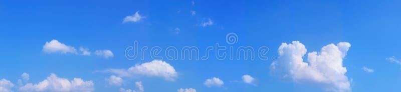 Download Céu azul da paisagem imagem de stock. Imagem de pitoresco - 10057571