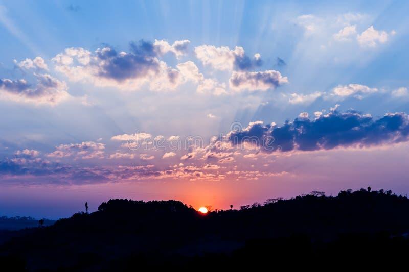 Céu bonito no por do sol foto de stock royalty free