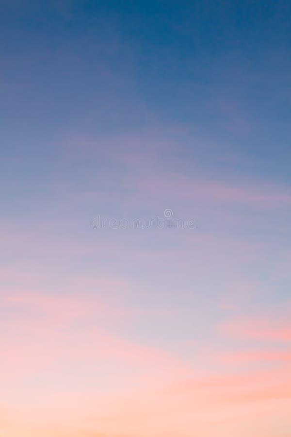 Céu brilhante do por do sol fotos de stock royalty free