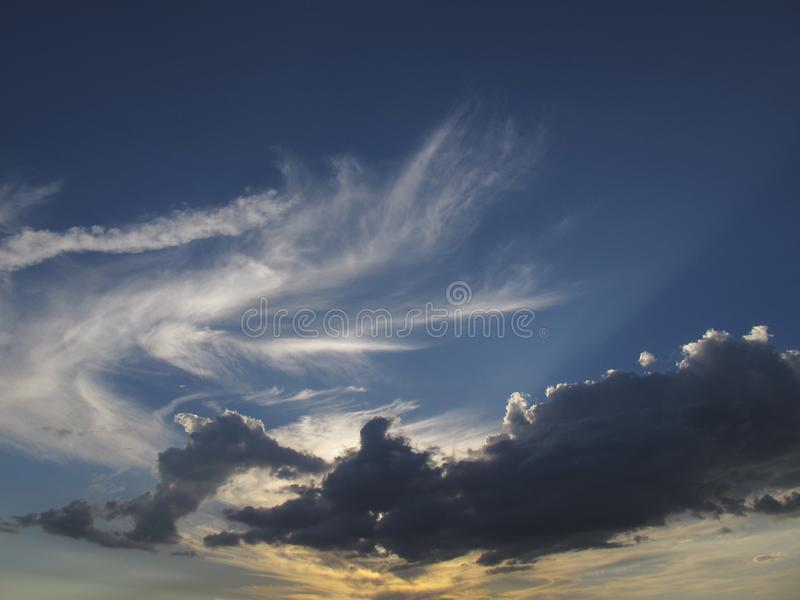 Céu com formação da nuvem fotografia de stock