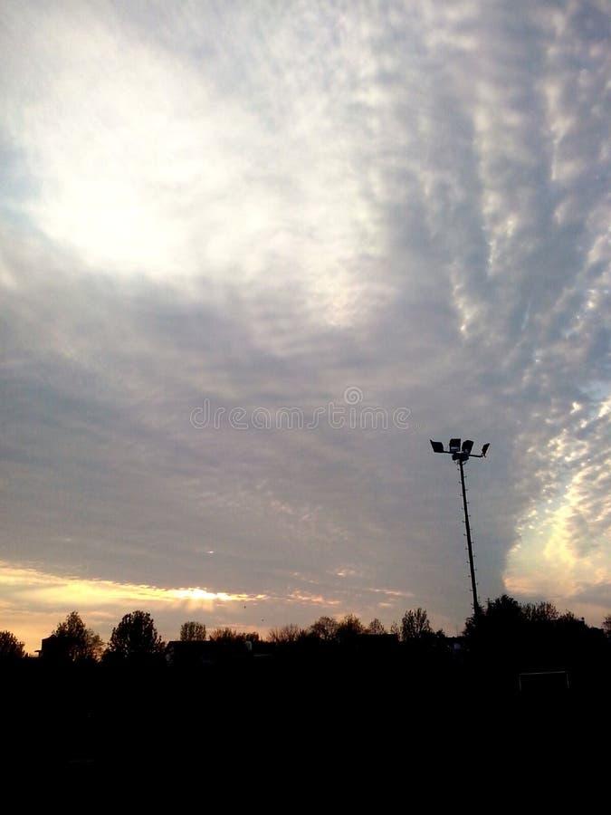 Céu completamente das nuvens imagens de stock royalty free