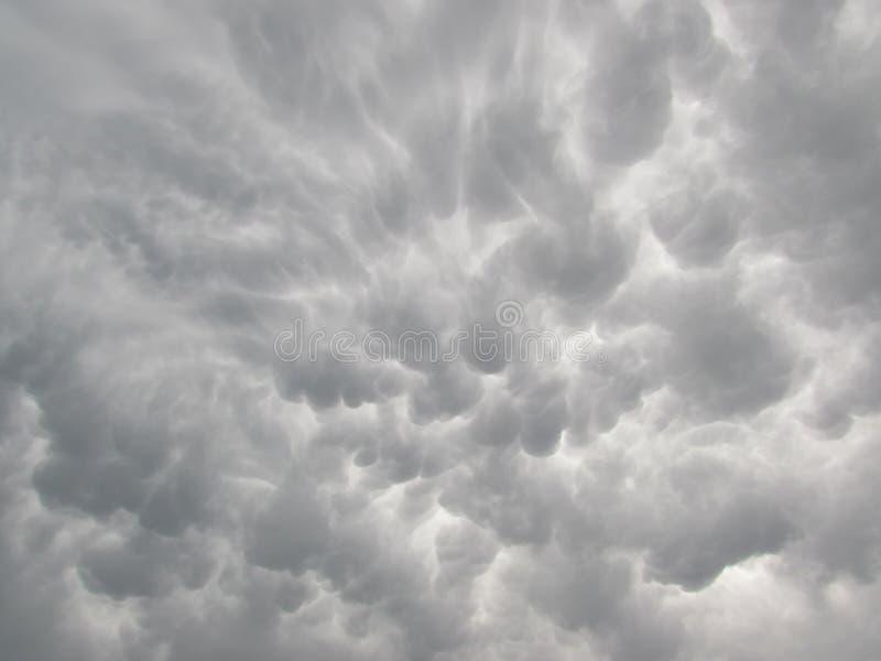 Céu da nuvem de Mammatus imagens de stock royalty free