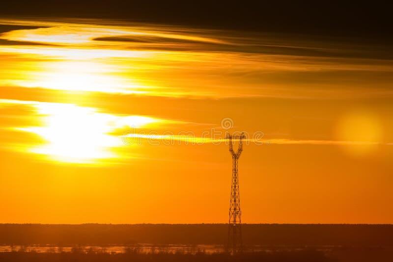 Céu do por do sol do ouro imagem de stock royalty free