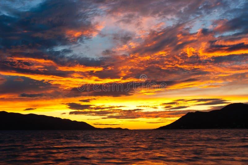 Céu dramático com nuvens imagem de stock