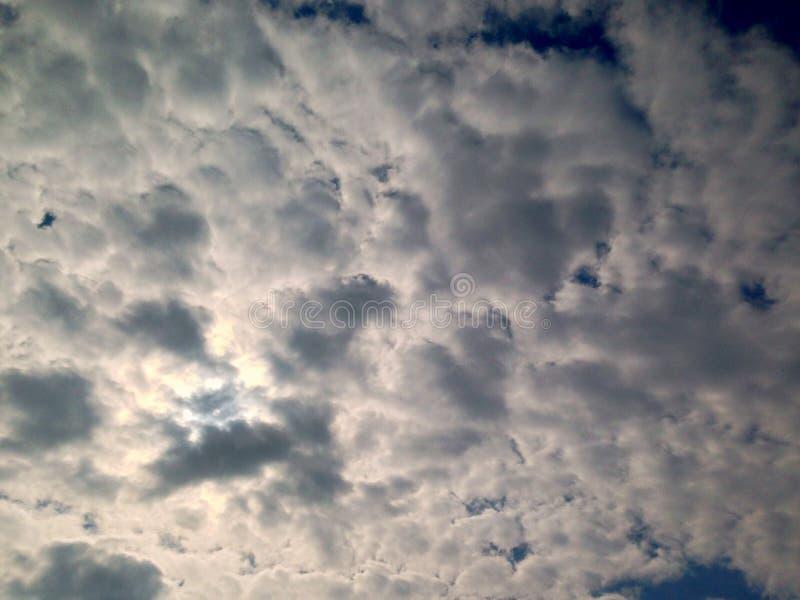 c?u dram?tico, nuvens fundo, antes da chuva imagem de stock