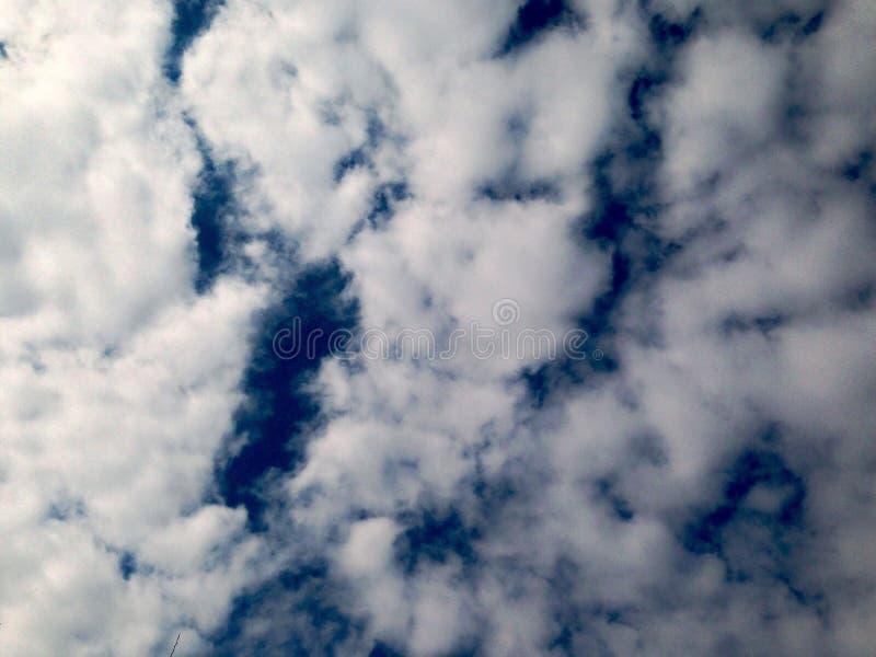 c?u dram?tico, nuvens fundo, antes da chuva fotos de stock