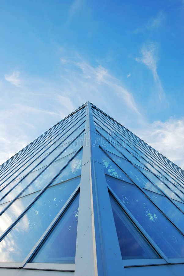 Céu e edifício imagem de stock