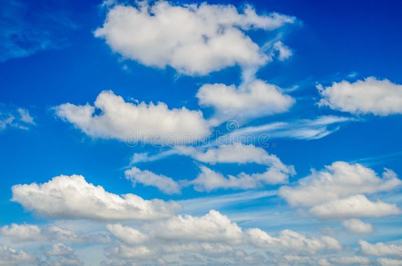 Céu e nuvens fotografia de stock