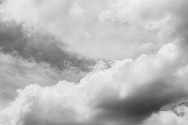Céu e nuvens [preto e branco] imagens de stock royalty free