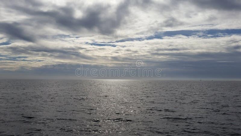 Céu e terra fotografia de stock