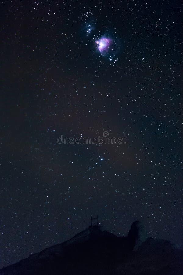 Céu estrelado e Orion Nebula foto de stock royalty free