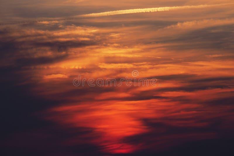 Céu multicolorido com luzes da diferença imagens de stock royalty free