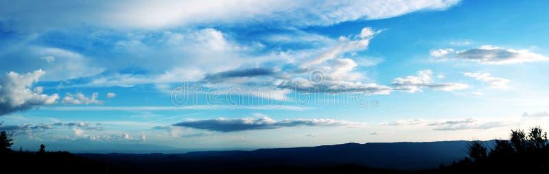 Céu nebuloso fotografia de stock
