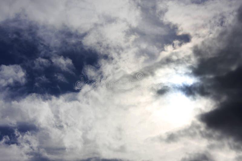 Céu turbulento imagens de stock