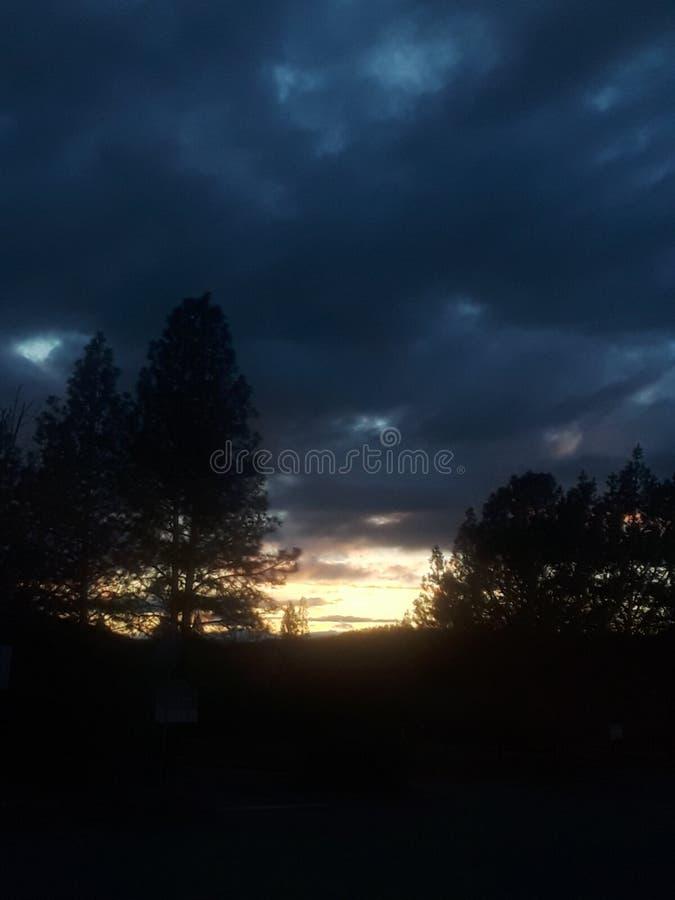 Céus escuros foto de stock