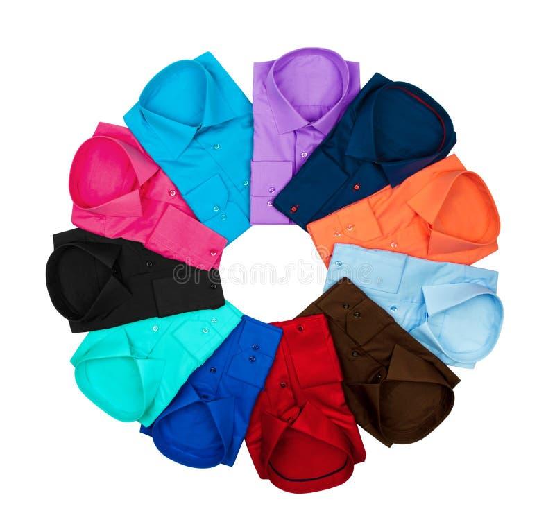 Círculo alinhado do negócio camisas coloridas sobre fotografia de stock