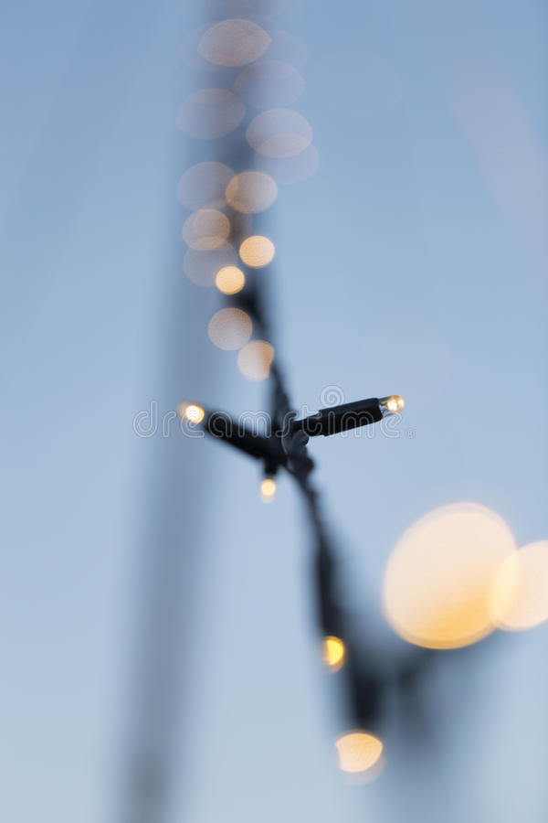 Círculo borrado das luzes na corrente clara fotografia de stock