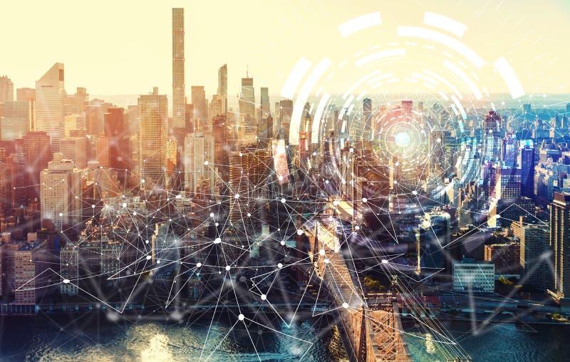 Círculo de la tecnología de Digitaces con el New York City foto de archivo libre de regalías