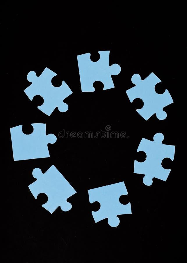 Círculo de los pedazos del rompecabezas fotografía de archivo libre de regalías
