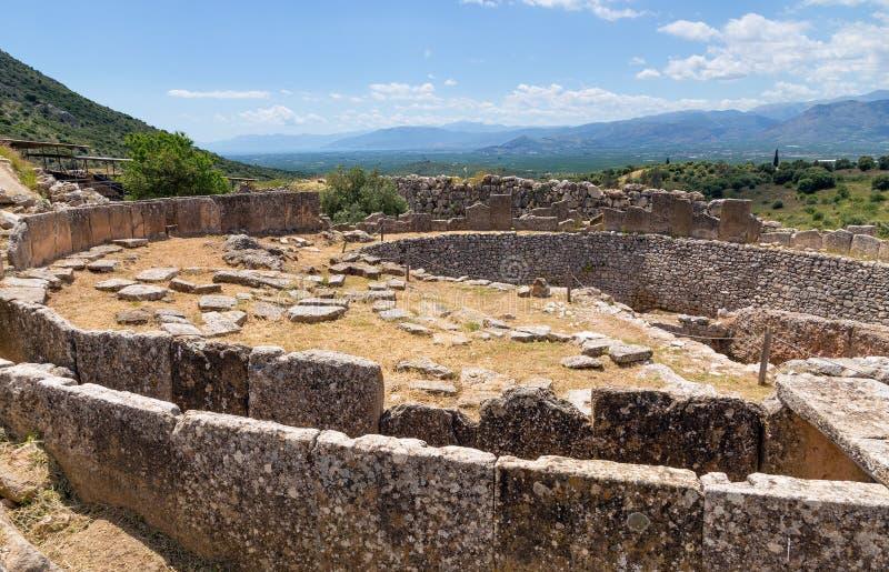 Círculo grave A em Mycenae, Peloponnese, Grécia foto de stock