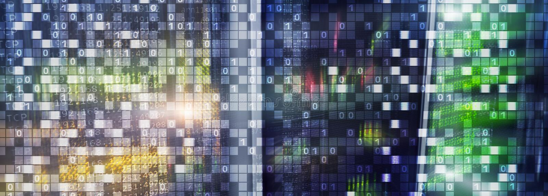Código binário no fundo do datacenter Conceito do espa?o do Cyber Papel de parede de UniqueTechnology