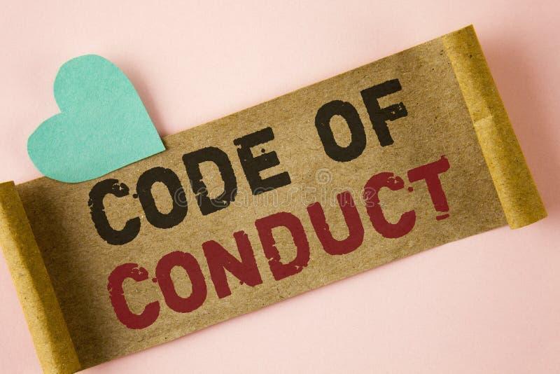 Código de conducta del texto de la escritura de la palabra Concepto del negocio para los principios Follow y estándares para la i imagen de archivo
