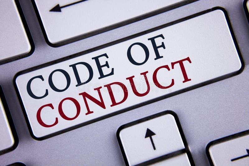 Código de conducta del texto de la escritura de la palabra Concepto del negocio para los principios Follow y estándares para la i foto de archivo